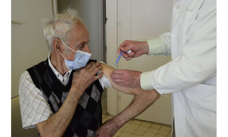 Study: Chinese COVID shot may offer elderly poor protection