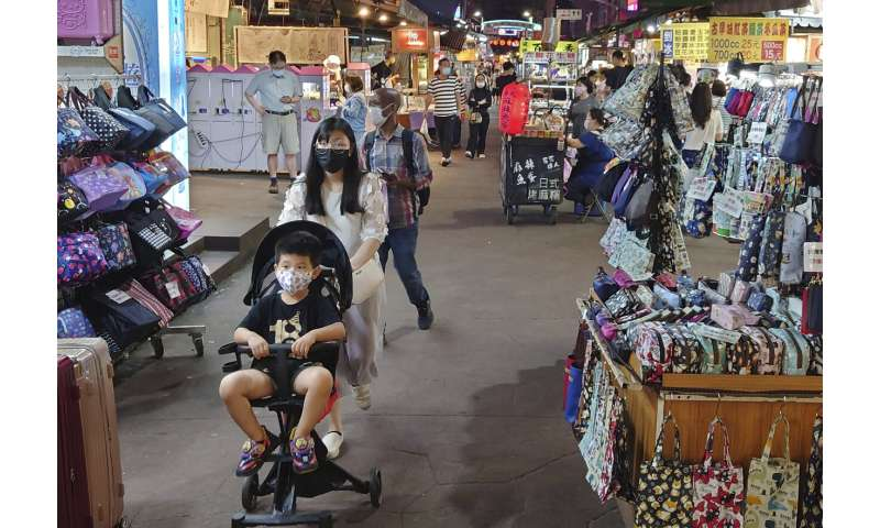 Success story Taiwan faces the worst pandemic outbreak