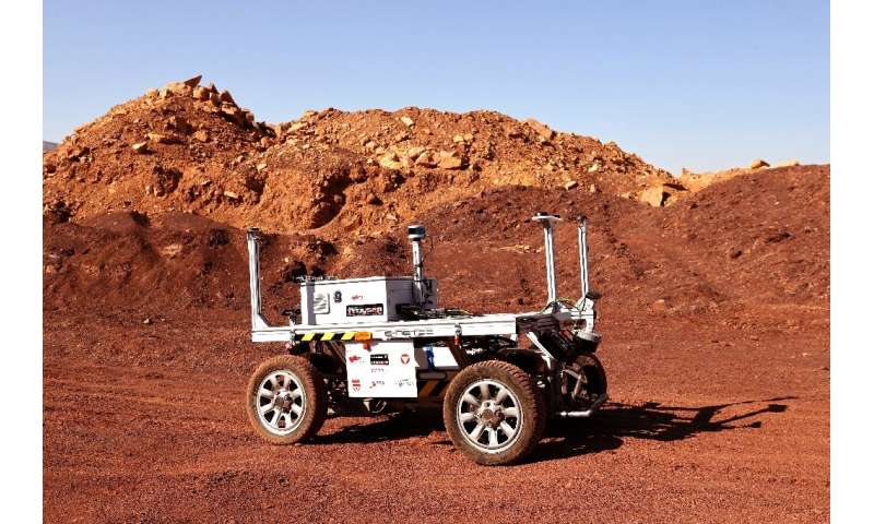The team will test a robotic rover during their mission, the Amadee-20 Mars simulation