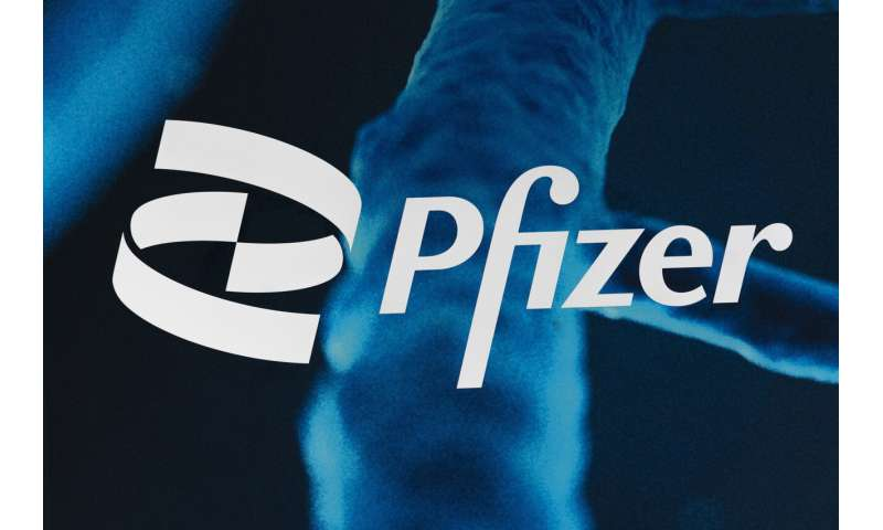 US regulators give full approval to Pfizer COVID-19 vaccine