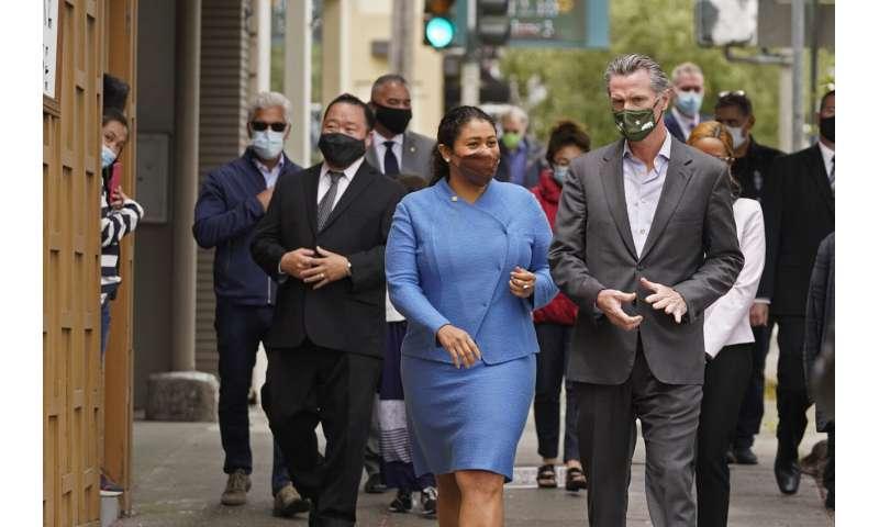 Vaccine checks beginning at San Francisco eateries, bars