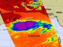 Tropical Cyclone Phet threatens the Indian and Pakistani coastlines