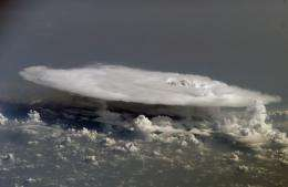 Cloud 'feedback' affects global climate and warming, study says (w/ Video)
