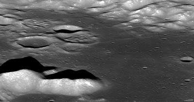 Sideways glance for LRO provides spectacular view of aitken crater