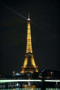 """All major landmarks in Paris will take part in the """"Earth Hour"""", led by a five-minute blackout of the Eiffel Tower"""
