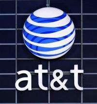 AT&T CEO: We'll push Android phones (AP)