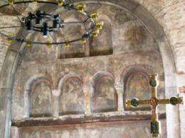 Egyptian blue found in Romanesque altarpiece