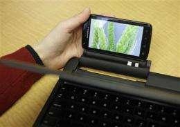 Review: Motorola Atrix a powerful smart phone (AP)