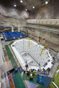 The Daya Bay Neutrino Experiment: On Track to Completion
