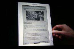Amazon.com offers new lower-priced Kindle DX (AP)