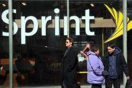 Sprint Nextel has decided to exclude Huawei Technologies and ZTE Corp. from its cellular network upgrade contract