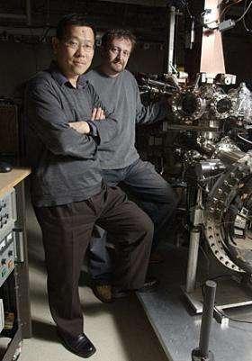 Zhi-Xun Shen, Norman Mannella