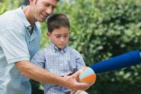 Age-appropriate toys are the best choice, says expert
