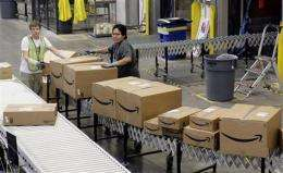 Online retailers rev up deals to keep up momentum (AP)
