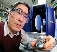 Scientists prove unconventional superconductivity in new iron arsenide compounds