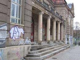 Graffiti-free historic buildings
