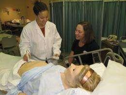 High-tech mom helps teach student nurses