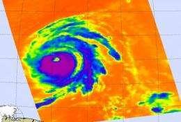 NASA's Aqua satellite gets two views of category 4 Hurricane Bill