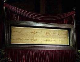 Researcher: Faint writing seen on Shroud of Turin (AP)