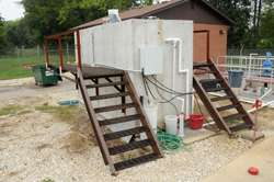Researcher thinks 'inside the box' to create self-contained wastewater system for soldiers, small towns