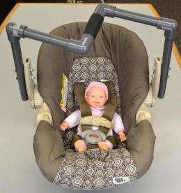 Researchers design new handle to make lifting infant car seats safer, easier