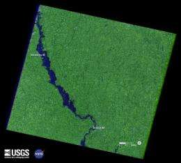 Landsat satellites track continued Missouri River flooding