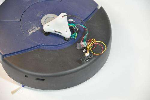 Brainlink controller smartens dust-collecting robots: Let's Roomba