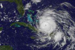 Irene becomes a major hurricane on GOES-13 Satellite video