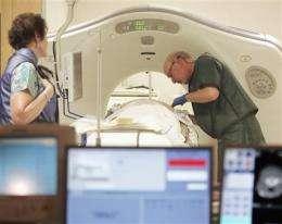Lung cancer scans: False alarms amid lives saved (AP)