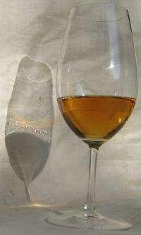 The marangoni effect: A fluid phenom