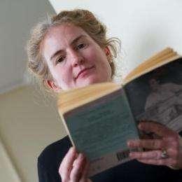 Vivid descriptions of faces 'don't have to go into detail'