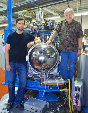 Another advance on the road to spintronics: Researchers unlock ferromagnetic secrets of promising materials