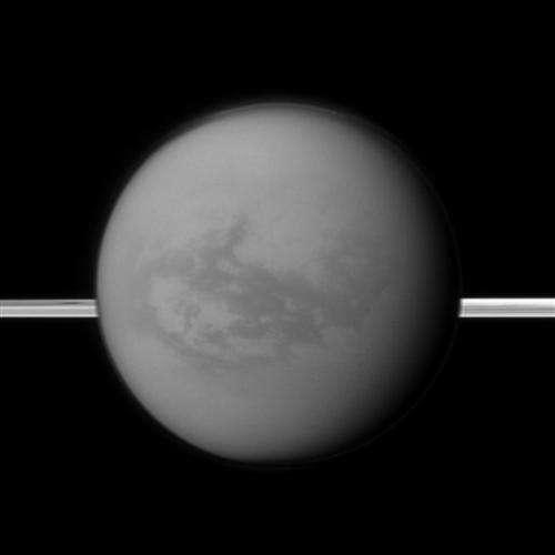 Lake detected near equator of Saturn's Titan