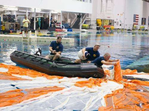 NASA completes maximum parachute test for orion spacecraft