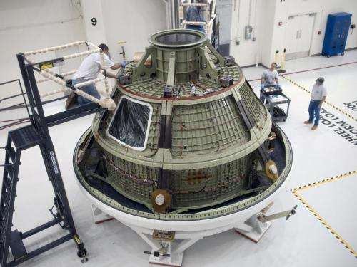 NASA conducts tests on Orion service module