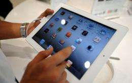 Amazon has pulled iPads from its website in China at Apple's request