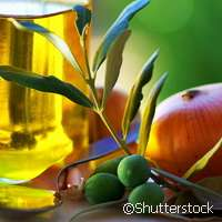 A Mediterranean diet rich in olive oil may protect your bones