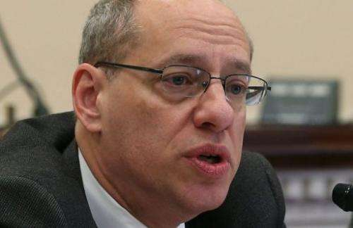 Jon Leibowitz, chairman of the Federal Trade Commission, speaks during a briefing on December 13, 2012