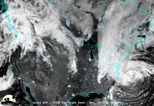 NASA/NOAA's Suomi NPP captures night-time view of Sandy's landfall