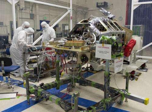 NASA's LADEE Spacecraft Gets Final Science Instrument Installed