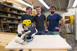 New router enhances the precision of woodworking