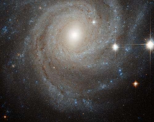 NGC 3344: Hubble sees galaxy in a spin