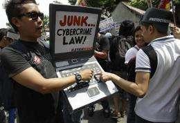 Philippine Supreme Court suspends cybercrime law