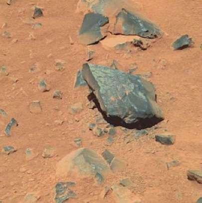 rock varnish 3