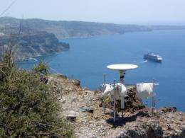 Santorini: The ground is moving again in paradise