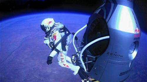 Skydiver's feat could influence spacesuit design
