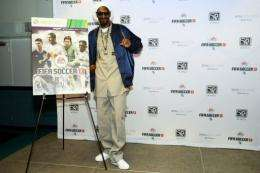 Snoop Lion unveils the FIFA Soccer 13 cover art