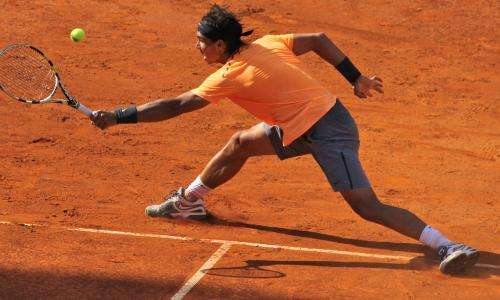 A mathematical ranking classifies tennis players by assessing their play