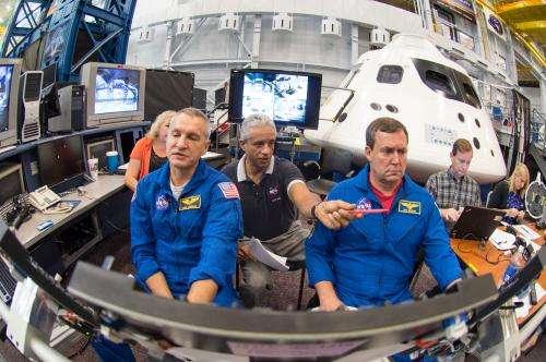 Astronauts practice launching in NASA's new Orion spacecraft