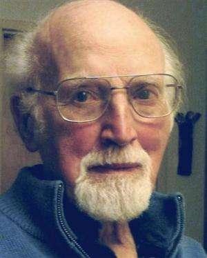 Natural history museum diorama painter dies in Vt.